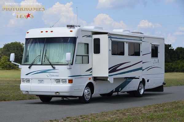2001 National RV Tradewinds 7370
