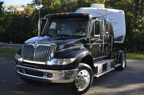2008 International 440 DT 570 Top Hat Conv.