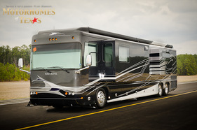 2010 Foretravel Phenix 45