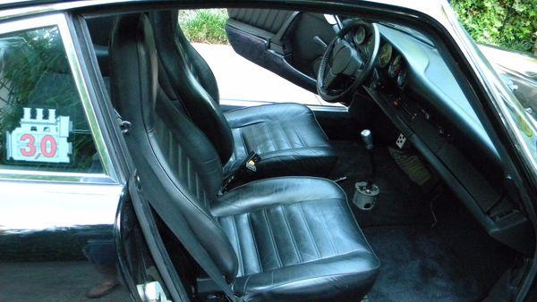 Air Cooled Bubble Deflating? 1976 Porsche 911 S - Moto Roster on old corvette seats, old motorcycle seats, old jeep seats, old volvo seats,