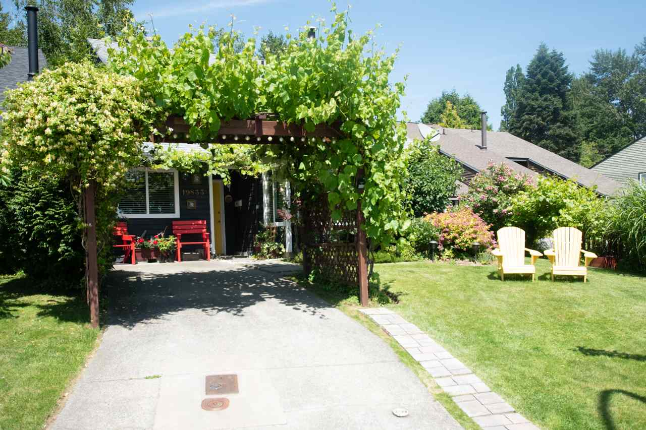FEATURED LISTING: 19833 53A Avenue Langley