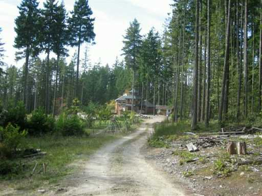 Photo 7: Photos: 3451 CRYSTAL RD in Roberts_Creek: Roberts Creek House for sale (Sunshine Coast)  : MLS®# V569092