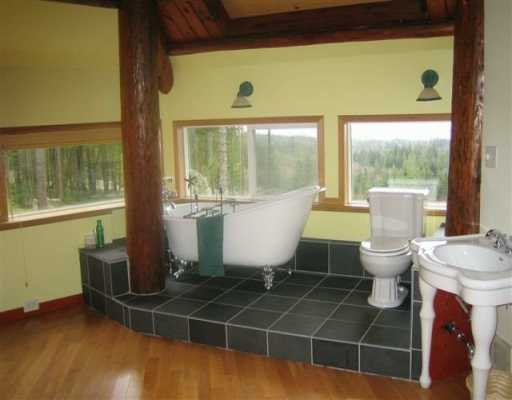 Photo 8: Photos: 3451 CRYSTAL RD in Roberts_Creek: Roberts Creek House for sale (Sunshine Coast)  : MLS®# V569092