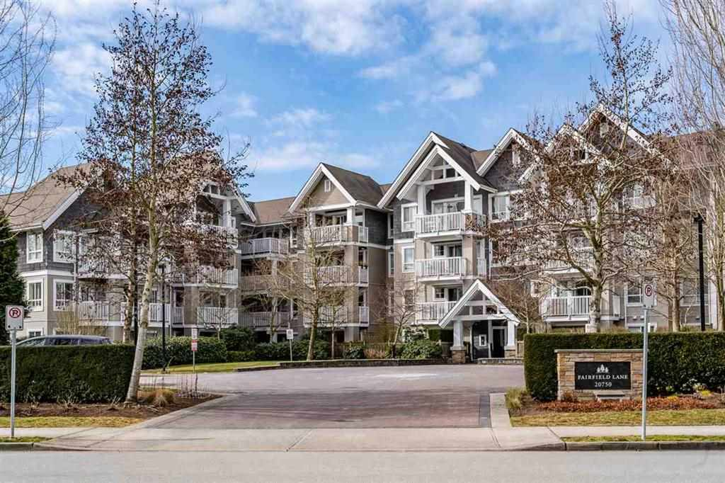 FEATURED LISTING: 403 20750 DUNCAN Way Langley