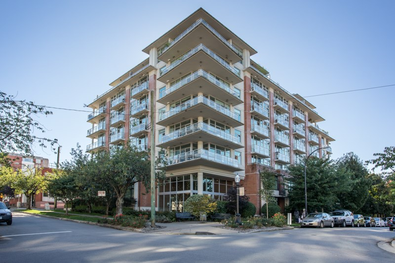 FEATURED LISTING: 409 - 298 11TH Avenue East Vancouver