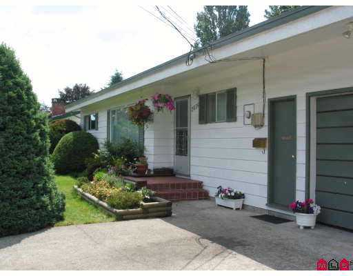 FEATURED LISTING: 2039 MEADOWS Street Abbotsford