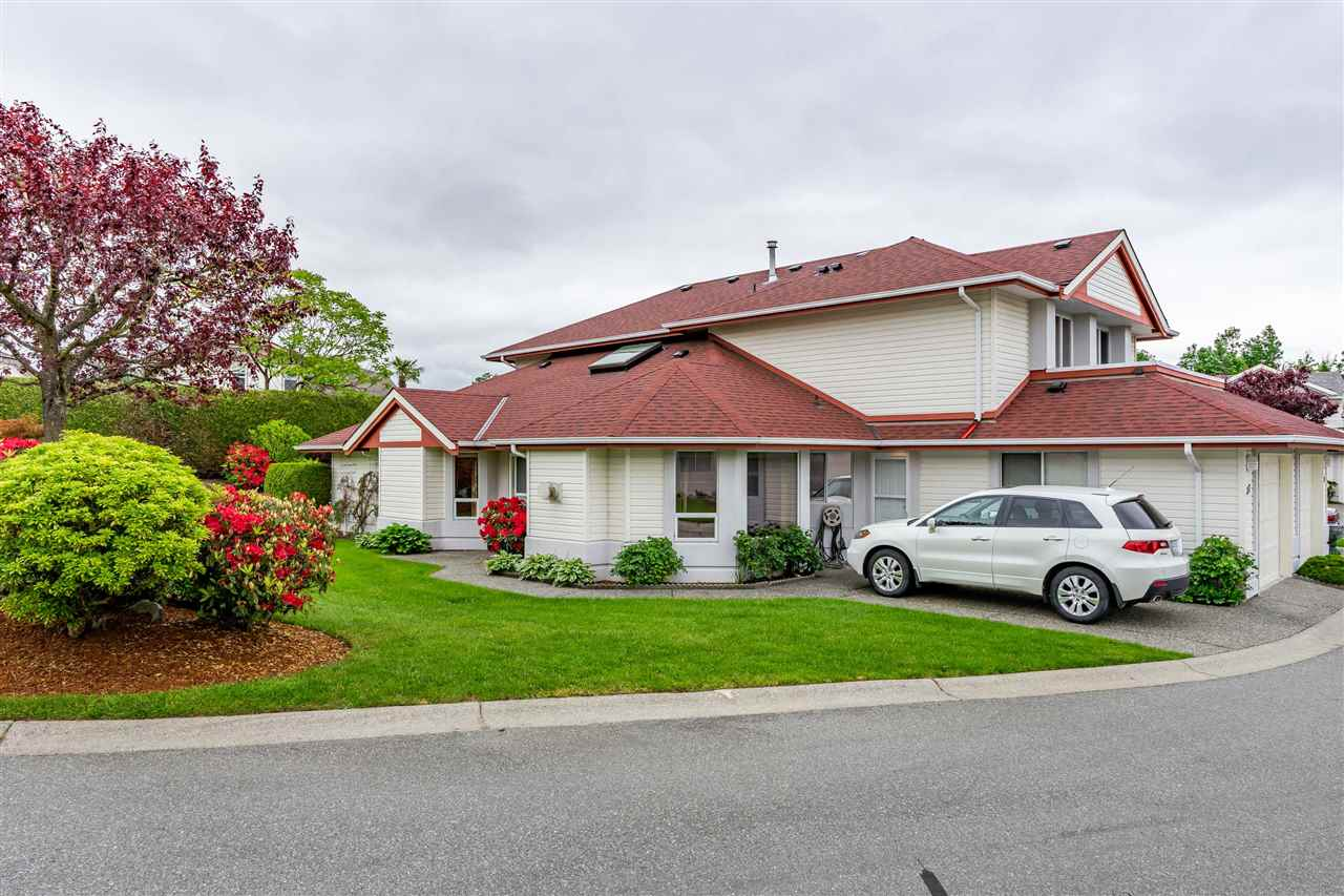 FEATURED LISTING: 37 - 31406 UPPER MACLURE Road Abbotsford