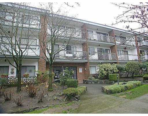 "Main Photo: 104 1950 W 8TH AV in Vancouver: Kitsilano Condo for sale in ""MARQUIS MANOR"" (Vancouver West)  : MLS®# V583902"