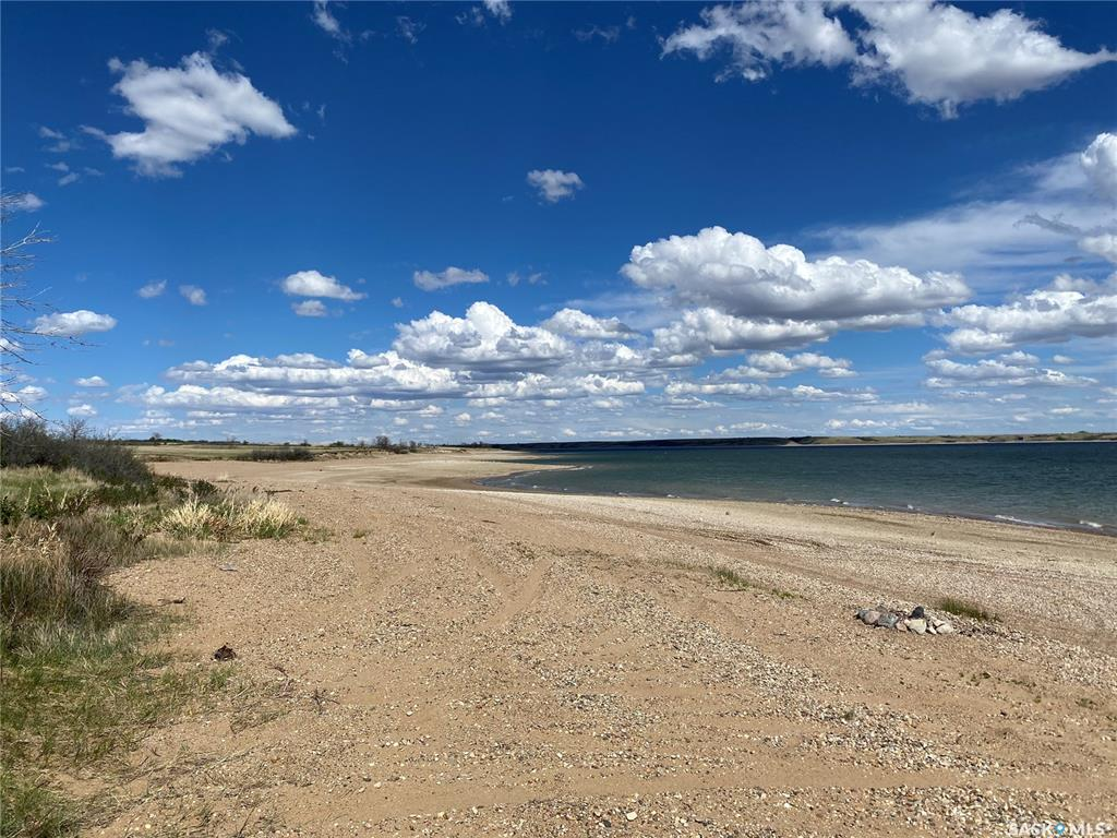 FEATURED LISTING: Lot 18 Greenbrier Road Diefenbaker Lake