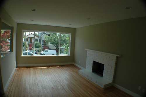 Photo 3: 2023 CHARLES ST in Vancouver: Grandview VE House for sale (Vancouver East)  : MLS(r) # V602773
