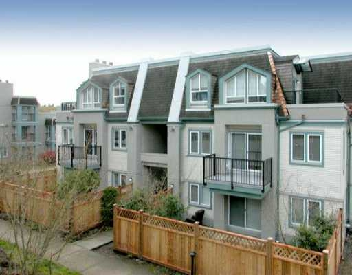 Main Photo: 86 215 BEGIN ST in Coquitlam: Maillardville Townhouse for sale : MLS® # V531997