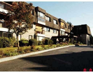 "Main Photo: 108 32175 OLD YALE RD in Abbotsford: Abbotsford West Condo for sale in ""FIR VILLA"" : MLS®# F2620708"