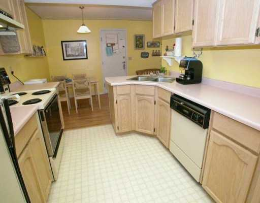 "Photo 2: 1355 CITADEL Drive in Port Coquitlam: Citadel PQ Townhouse for sale in ""CITADEL MEWS"" : MLS® # V622555"