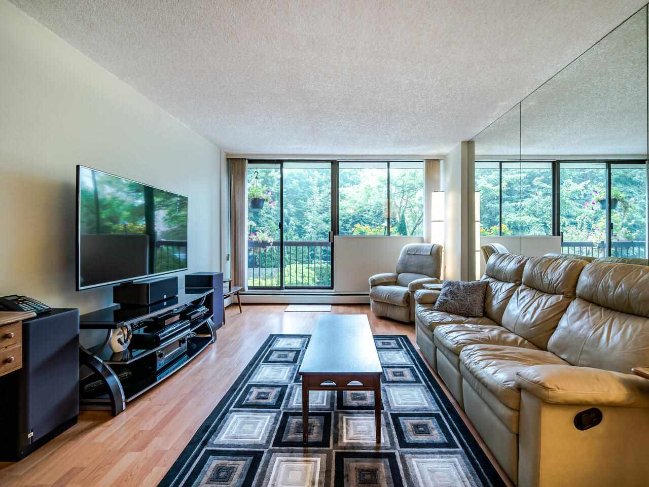 FEATURED LISTING: 205 - 620 SEVENTH Avenue New Westminster