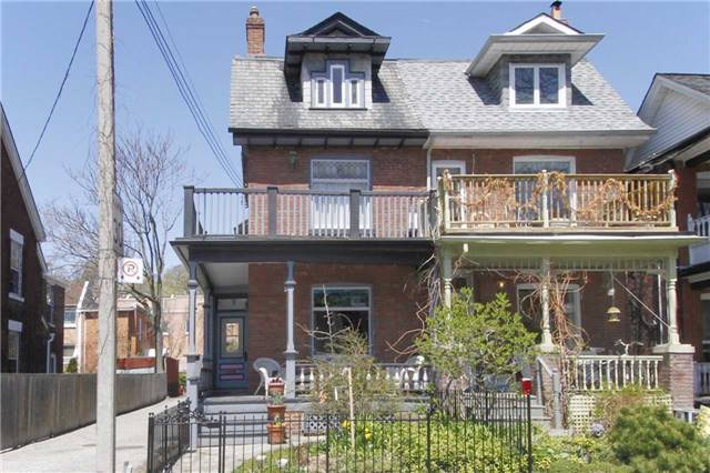 FEATURED LISTING: 404 Wellesley Street Toronto