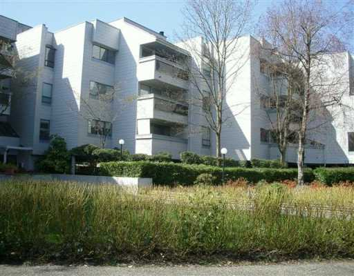 "Main Photo: 209 8760 BLUNDELL RD in Richmond: Garden City Condo for sale in ""BLUNDELL GARDENS"" : MLS®# V583718"