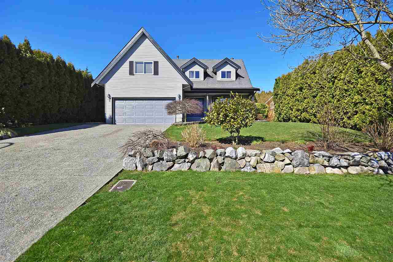 FEATURED LISTING: 3727 HARWOOD Crescent Abbotsford