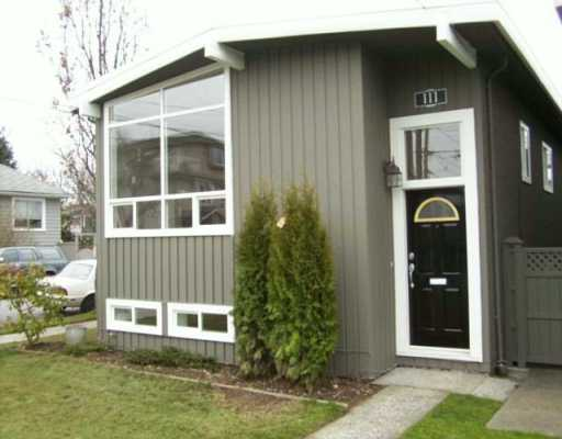 Main Photo: 111 E 26TH AV in Vancouver: Main House for sale (Vancouver East)  : MLS® # V583917