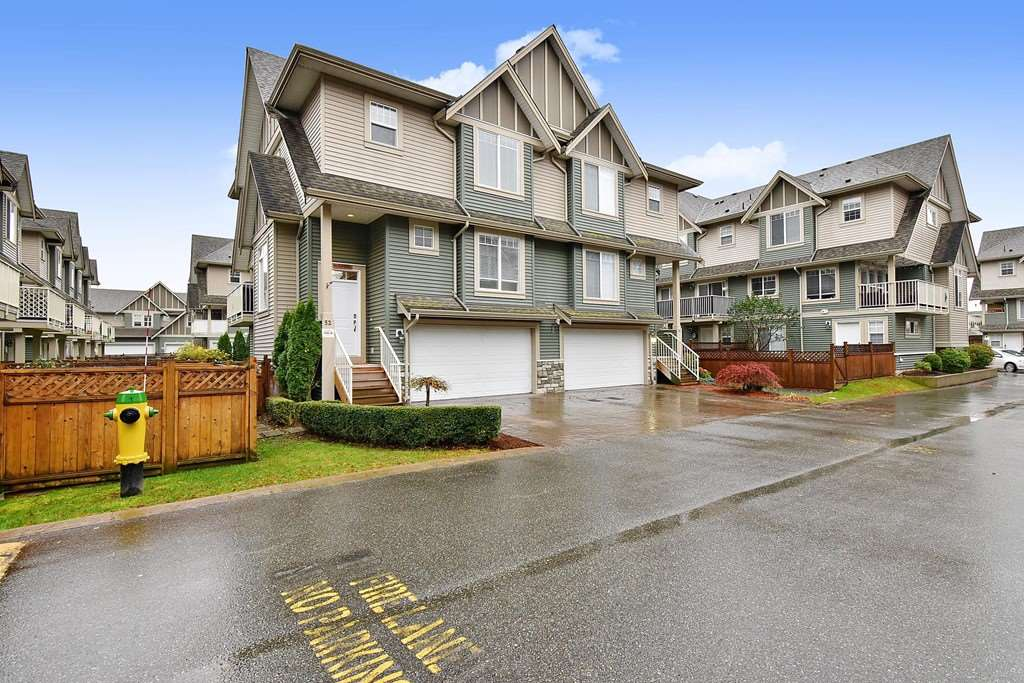 FEATURED LISTING: 52 - 6498 SOUTHDOWNE Place Chilliwack