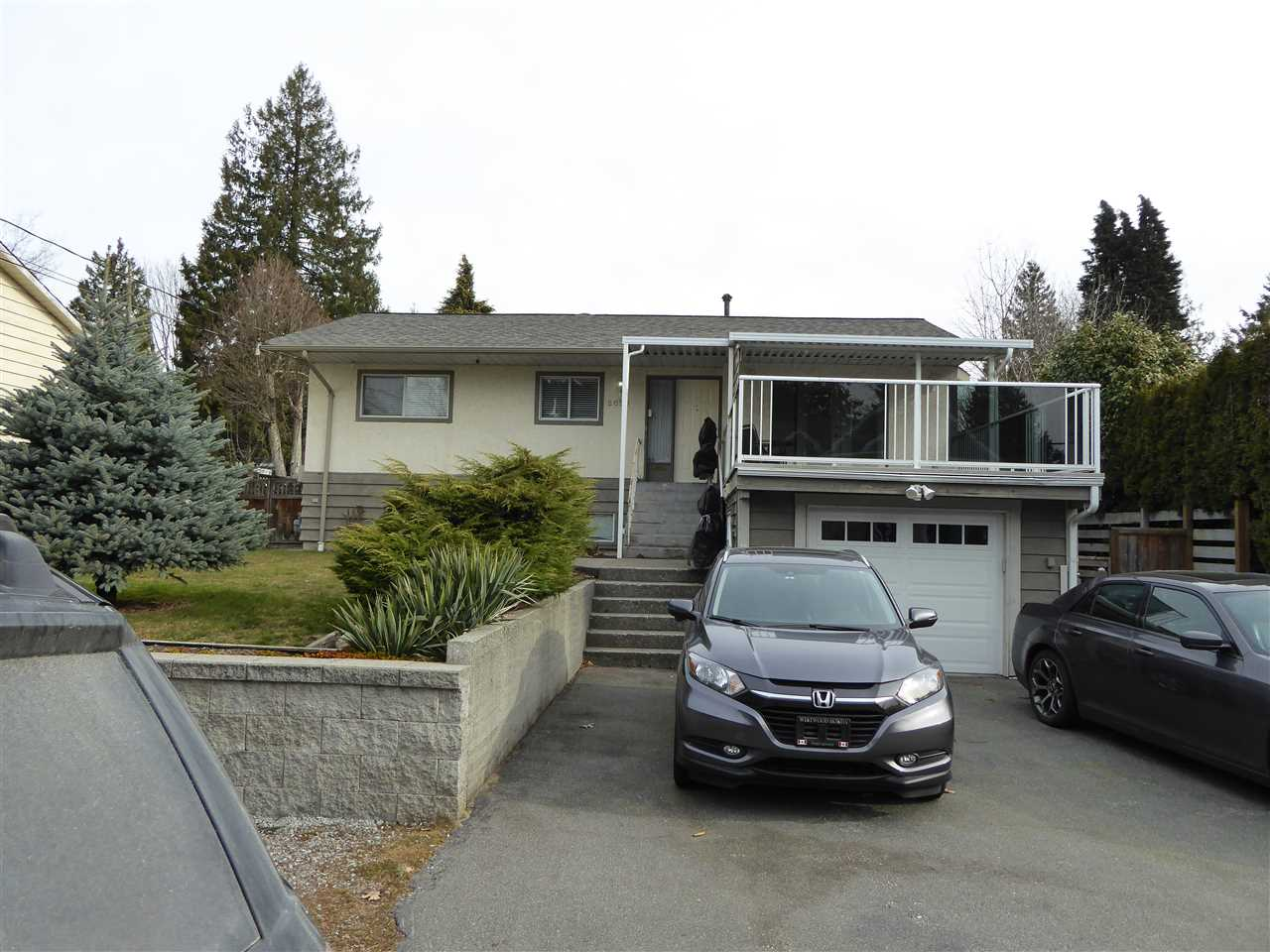 FEATURED LISTING: 2093 CONCORD Avenue Coquitlam