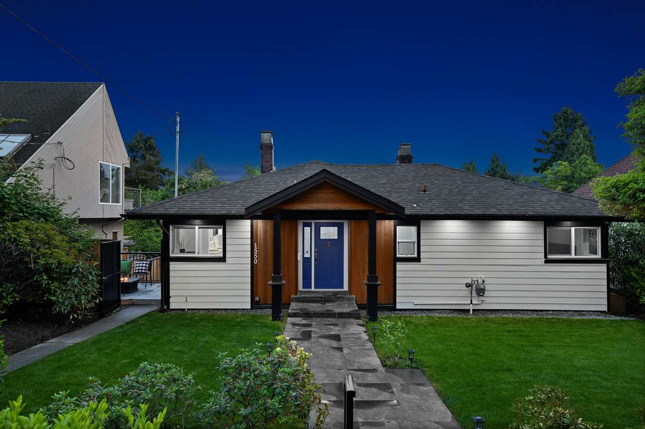 FEATURED LISTING: 1550 KINGS Avenue West Vancouver