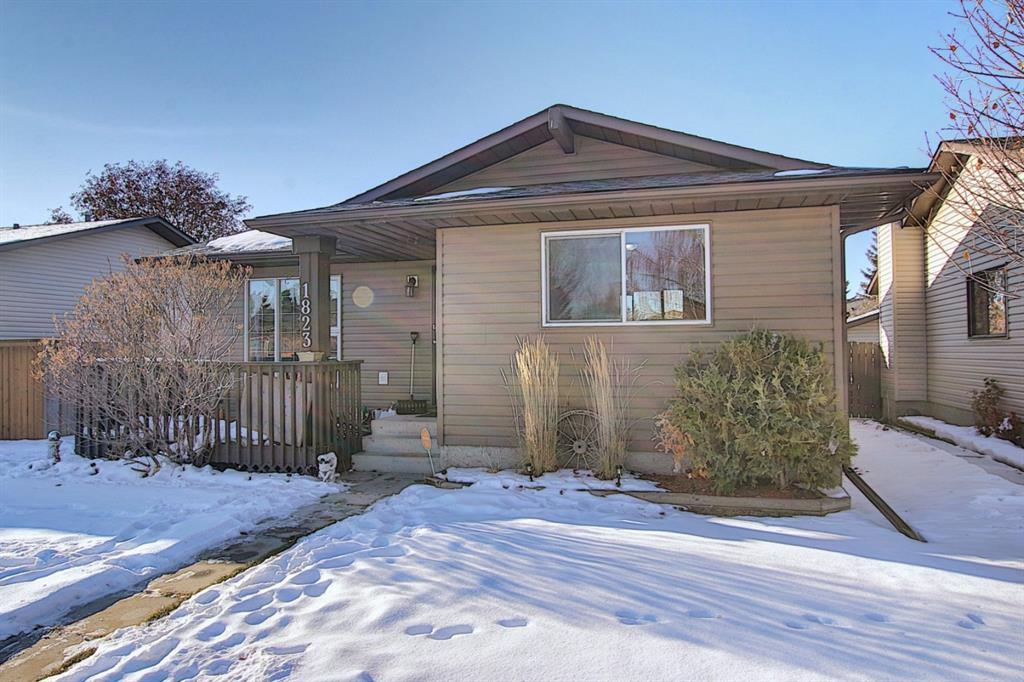 FEATURED LISTING: 1823 Summerfield Boulevard Southeast Airdrie