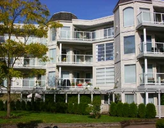 Main Photo: 404 1220 LASALLE PL in Coquitlam: Canyon Springs Condo for sale : MLS®# V562150