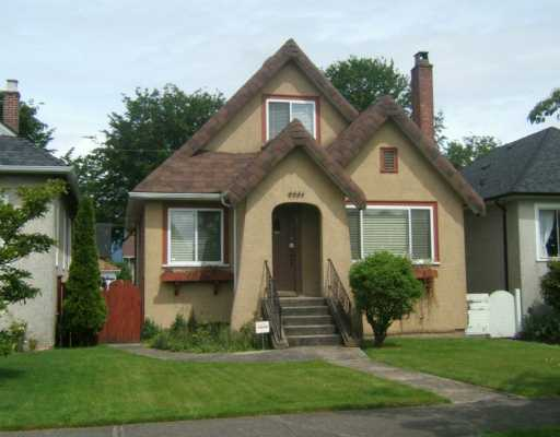 "Main Photo: 2651 CHARLES Street in Vancouver: Renfrew VE House for sale in ""RENFREW"" (Vancouver East)  : MLS® # V593525"