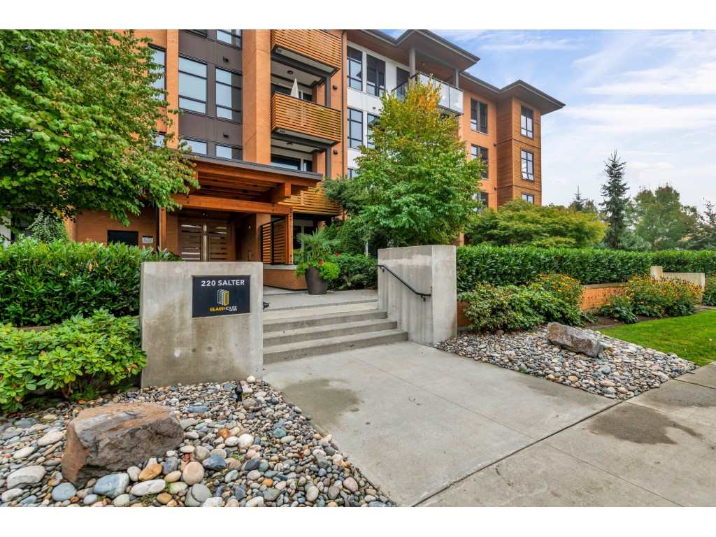 FEATURED LISTING: 104 - 220 SALTER Street New Westminster
