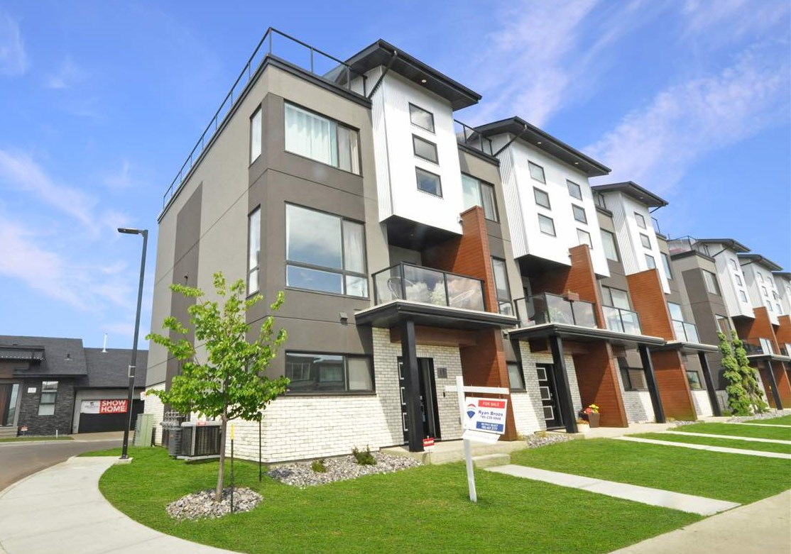 FEATURED LISTING: 11 - 95 SALISBURY Way Sherwood Park