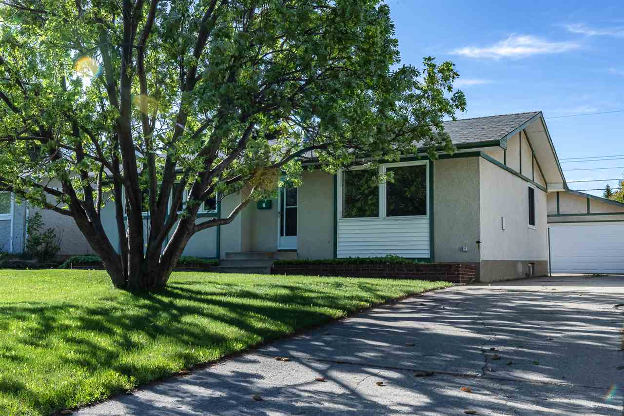 FEATURED LISTING: 880 Birch Avenue Sherwood Park