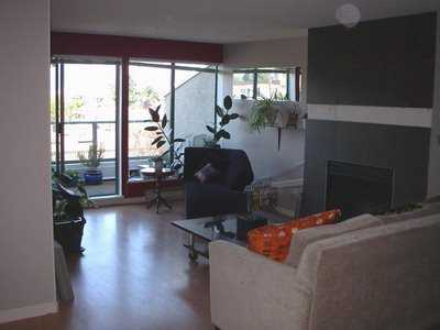 Photo 2: 202 3131 MAIN ST in Vancouver: Mount Pleasant VE Condo for sale (Vancouver East)  : MLS® # V605581