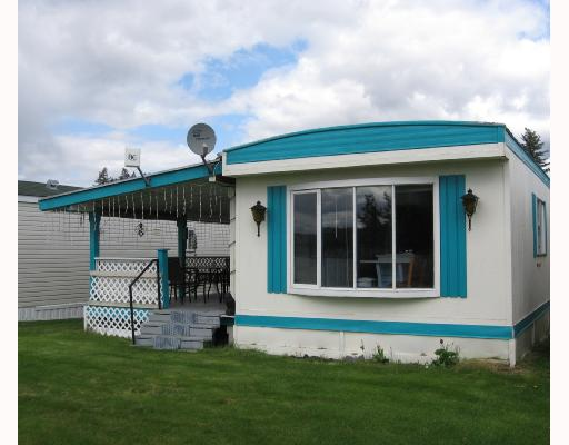 "Main Photo: 15 3728 CARIBOO Highway in Lac_La_Hache: Lac la Hache Manufactured Home for sale in ""KOKANEE BAY MHP"" (100 Mile House (Zone 10))  : MLS® # N182933"