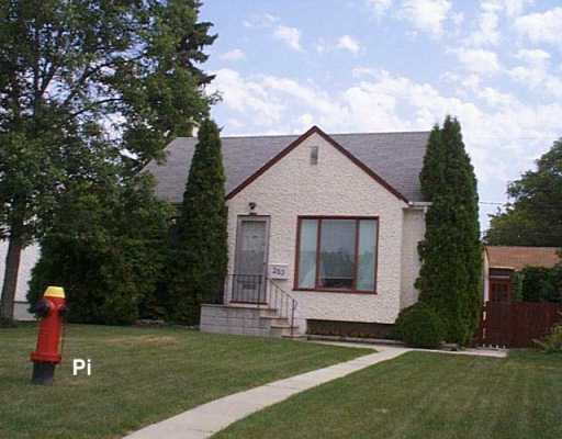 Main Photo: 283 AMHERST Street in WINNIPEG: St James Single Family Detached for sale (West Winnipeg)  : MLS(r) # 2713546