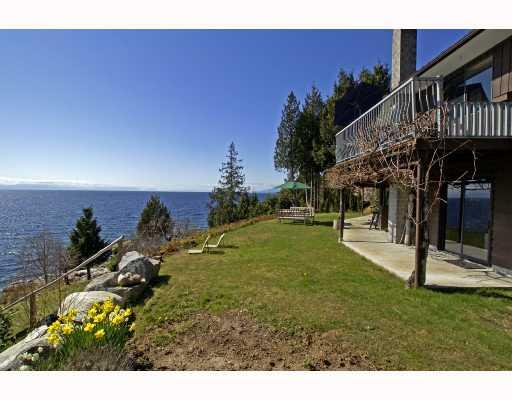 "Photo 4: Photos: 713 GEDDES Road in Gibsons: Roberts Creek House for sale in ""ROBERTS CREEK"" (Sunshine Coast)  : MLS® # V693516"