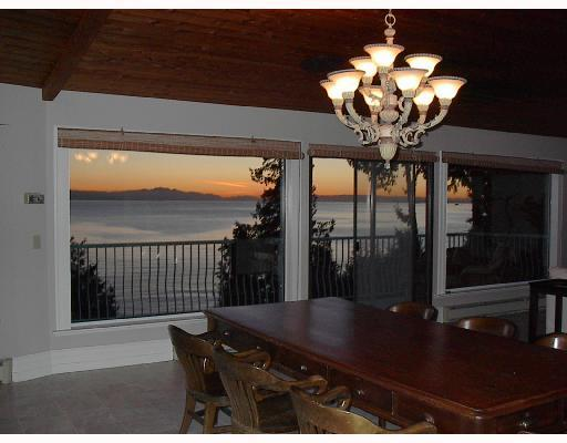"Photo 10: Photos: 713 GEDDES Road in Gibsons: Roberts Creek House for sale in ""ROBERTS CREEK"" (Sunshine Coast)  : MLS® # V693516"