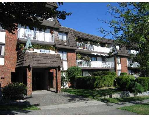"Main Photo: 412 331 KNOX Street in New_Westminster: Sapperton Condo for sale in ""Westmount Arms"" (New Westminster)  : MLS(r) # V715470"