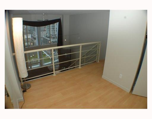 "Photo 8: 713 933 SEYMOUR Street in Vancouver: Downtown VW Condo for sale in ""THE SPOT"" (Vancouver West)  : MLS(r) # V794826"