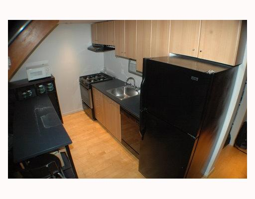 "Photo 5: 713 933 SEYMOUR Street in Vancouver: Downtown VW Condo for sale in ""THE SPOT"" (Vancouver West)  : MLS(r) # V794826"