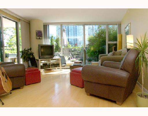 "Main Photo: 305 1008 CAMBIE Street in Vancouver: Downtown VW Condo for sale in ""WATERWORKS"" (Vancouver West)  : MLS®# V660144"