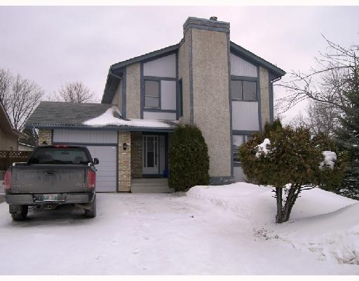 Main Photo: 118 STRAND Circle in WINNIPEG: St Vital Residential for sale (South East Winnipeg)  : MLS(r) # 2802584