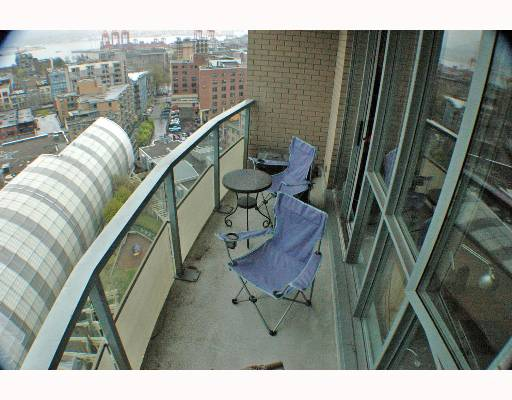 "Photo 5: 63 KEEFER Place in Vancouver: Downtown VW Condo for sale in ""EUROPA"" (Vancouver West)  : MLS® # V643259"