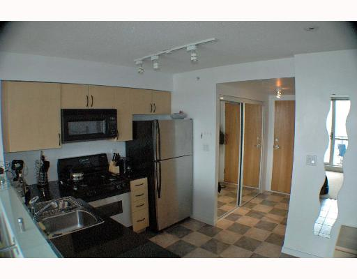 "Photo 3: 63 KEEFER Place in Vancouver: Downtown VW Condo for sale in ""EUROPA"" (Vancouver West)  : MLS(r) # V643259"