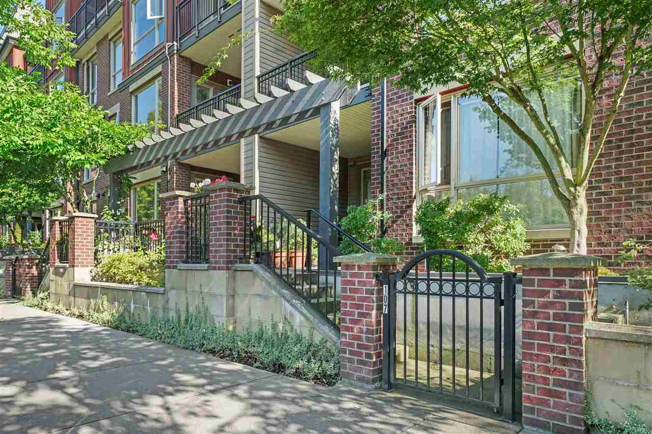 FEATURED LISTING: 107 - 2628 MAPLE Street Port Coquitlam
