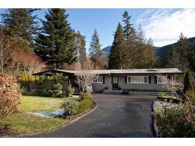 Main Photo: 6230 ST GEORGES AV in West Vancouver: Gleneagles House for sale : MLS® # V872241