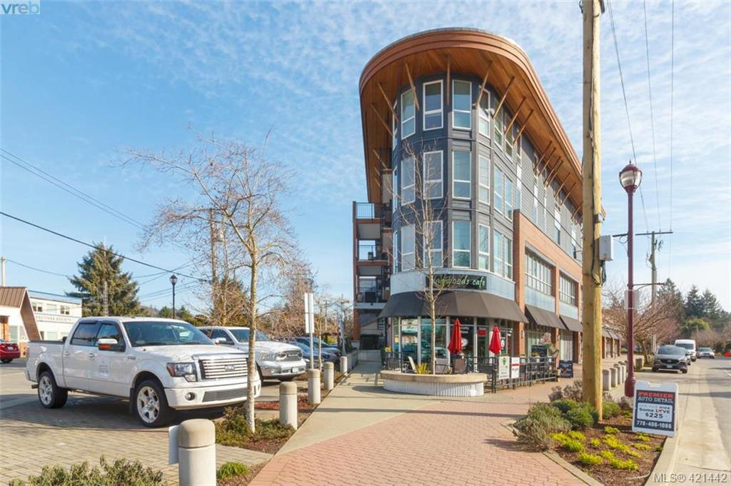 FEATURED LISTING: 302 - 662 Goldstream Ave VICTORIA