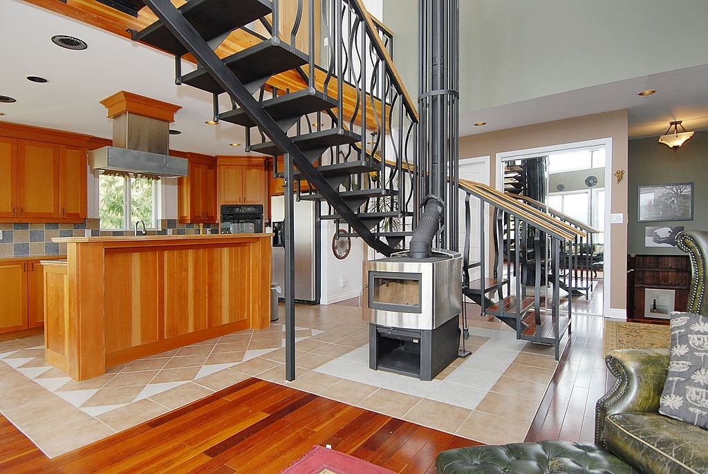 Photo 4: 7441 Mark in Victoria: CS Willis Point Single Family Detached for sale (Central Saanich)