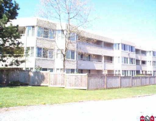 "Main Photo: 123 9635 121ST ST in Surrey: Cedar Hills Condo for sale in ""CHANDLER'S HILL"" (North Surrey)  : MLS® # Sold above asking Price"