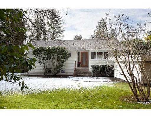 Main Photo: 5090 KEITH RD in West Vancouver: House for sale : MLS® # V873173