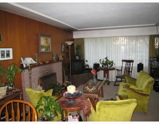 Photo 2: 3257 E 18TH Avenue in Vancouver: Renfrew Heights House for sale (Vancouver East)  : MLS(r) # V710153